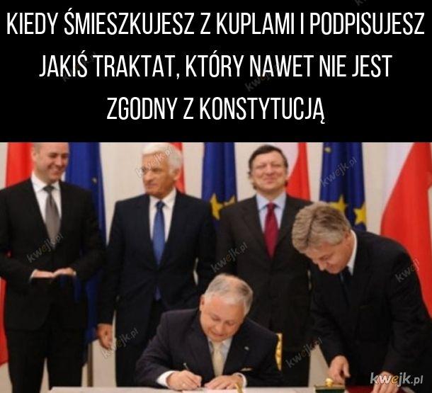 Podpisanie Traktatu Lizbońskiego przez Lecha Kaczyńskiego
