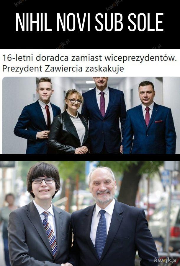 Młodzi chłopcy i politycy