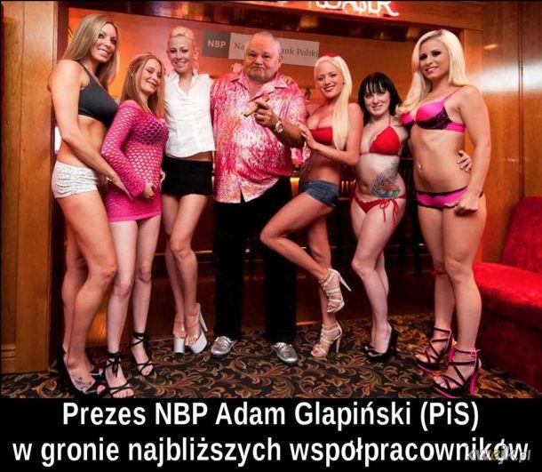 Prezez NBP adam glapiński (PiS) ze swoimi specjalistkami... finansowymi