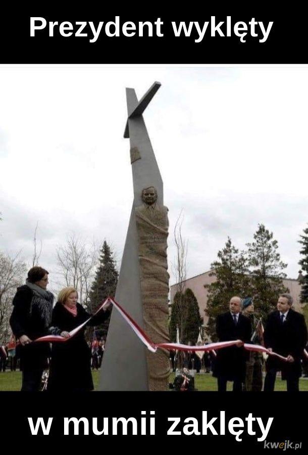 Bandażowy pomnik