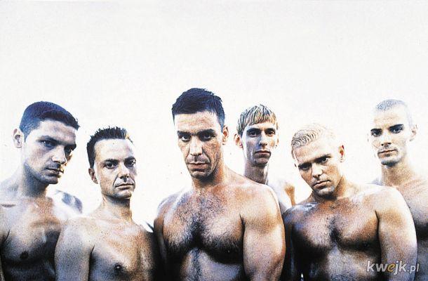 Rammstein - wyglądają jak gejowscy aktorzy porno a muzykę robią jeszcze gorszą