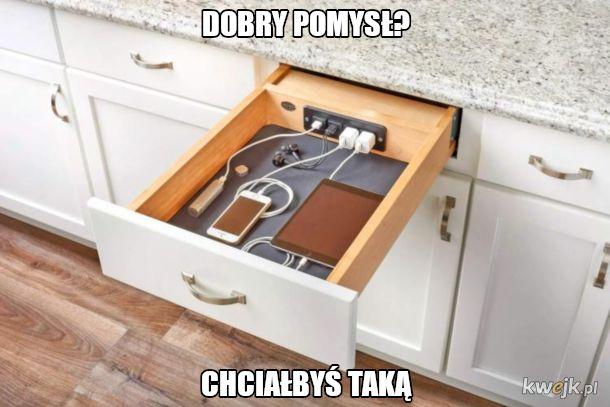 Ładowarka na wszystko w szufladzie