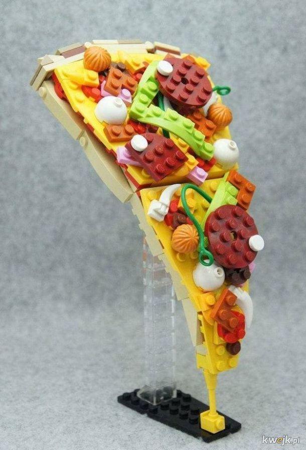 pizza o smaku Lego