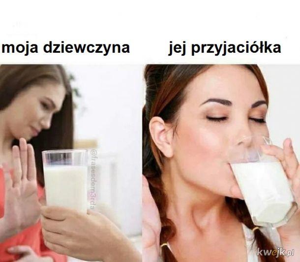 Ona chyba woli mleko twoich przyjaciół ( ͡° ͜ʖ ͡°)