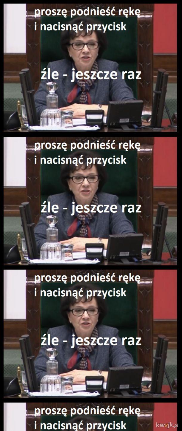 """kiedy w szablonie odpowiedzi jest """"PiS zbawcą Polski"""", a tobie wychodzi """"6,7333"""""""