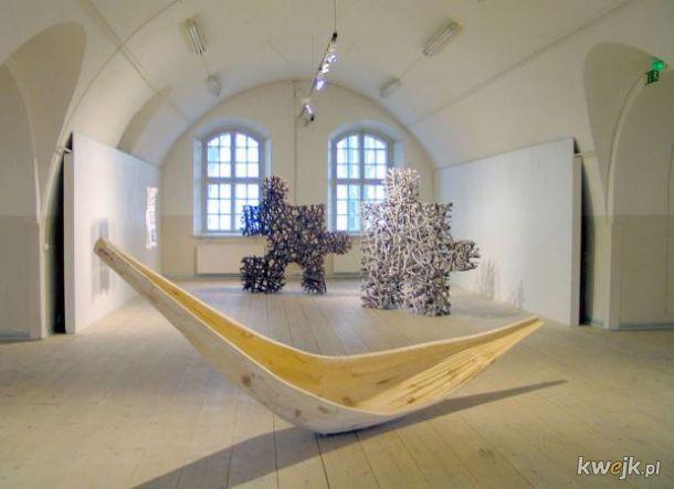 Rzeźby wykonane wyłącznie z naturalnych materiałów przez Fina Jaakko Pernu, obrazek 4