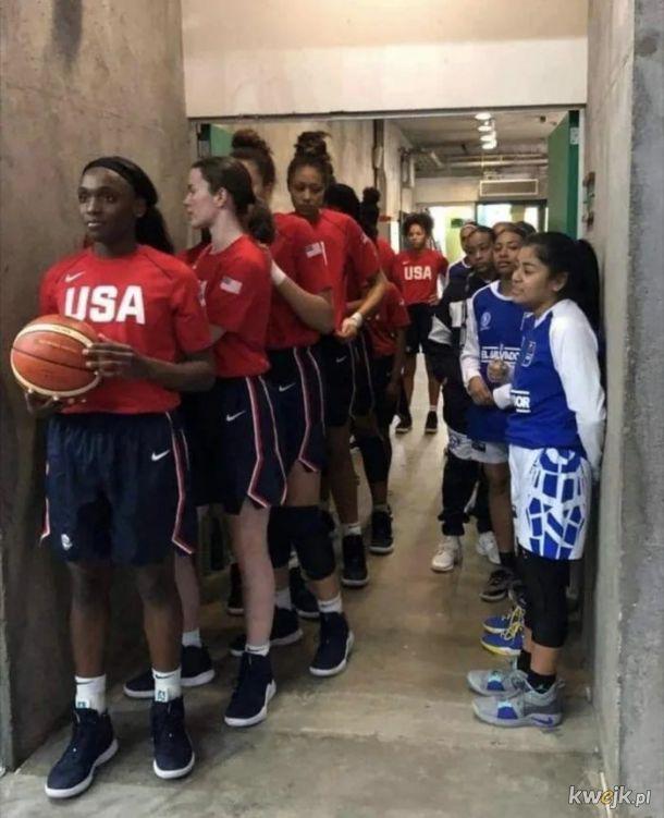 U16  USA - Salwador, wynik: 114-19