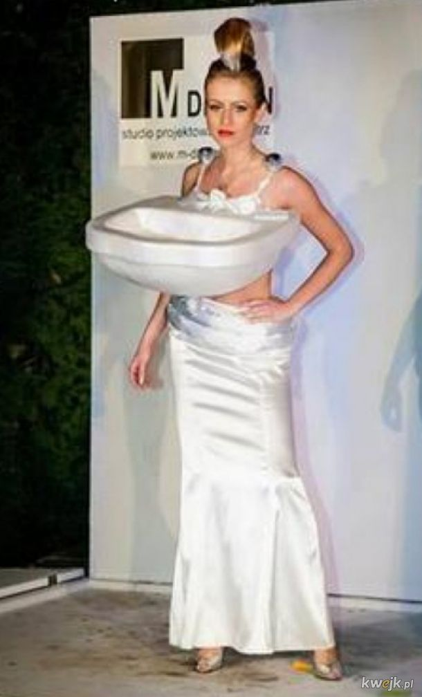 Kreacja z kolekcji Christiana Paula. Haute couture