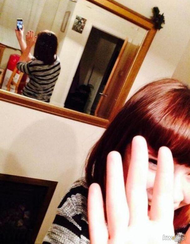 24 fotografie dziewczyn, które raczej nie powinny dostać się do internetu, obrazek 3