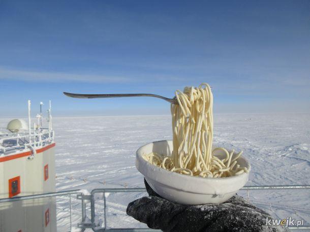 Makaron przy niecałych minus 70 °C