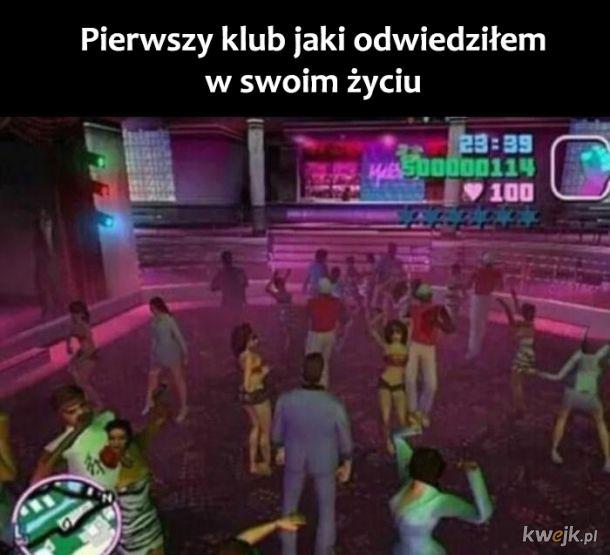 Pierwszy klub