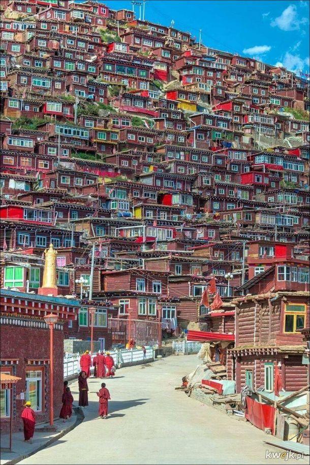 Nepal. I po co jakieś wieżowce