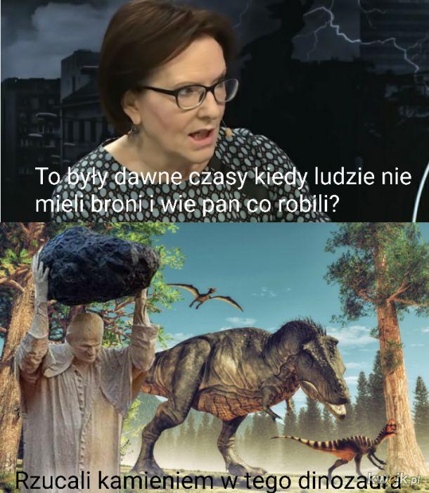 Rzucali kamieniami w tego dinozaura