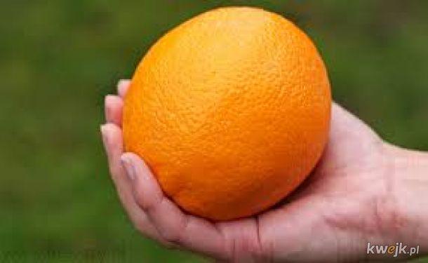 Polacy już spią! Poczęstuj się pomarańczą