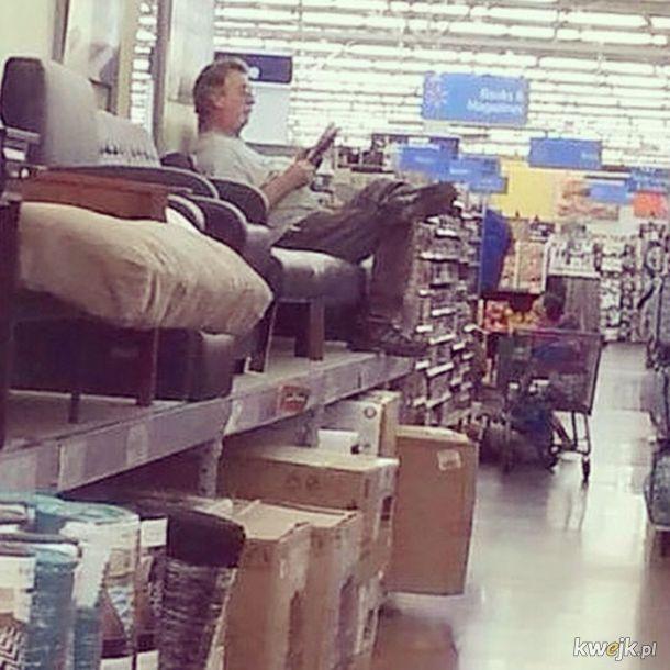 Oto dlaczego zmuszanie mężczyzn do wspólnych zakupów to bestialstwo