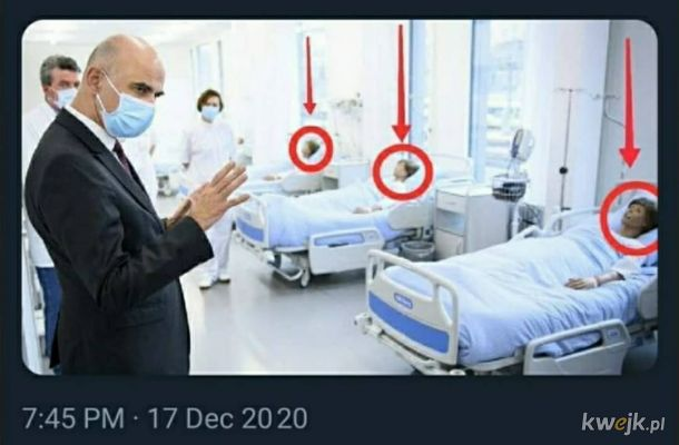 Zatroskany minister zdrowia Szwajcarii odwiedza szpitale