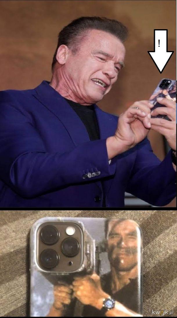 Pan Szwarceneger umie w memy i pokrowce