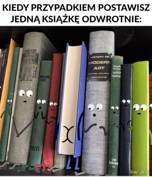 Ojojoj  >_