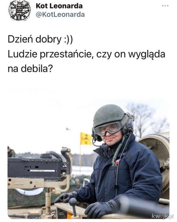 """Wysyp memów z okazji nazwania Andrzeja Dudy """"debilem"""""""