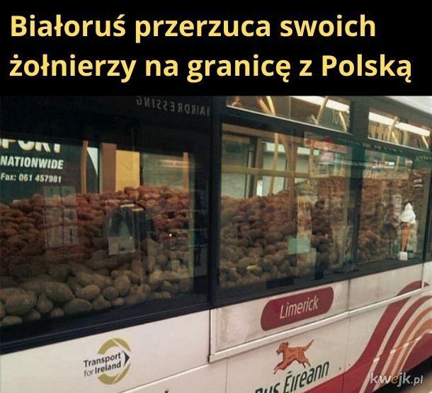 Autobus pełen wojaków