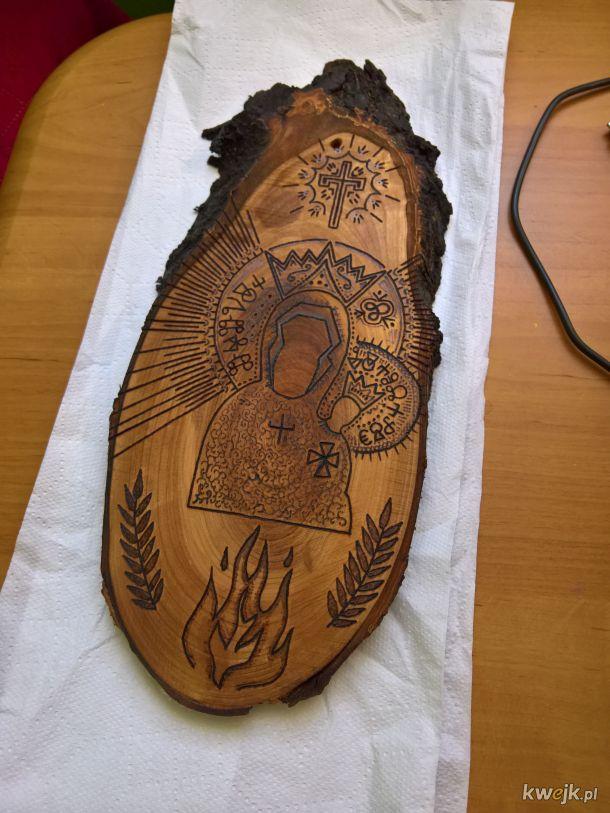 Bohomaz w drewnie - pierwszy tego rodzaju. Po olejowaniu.