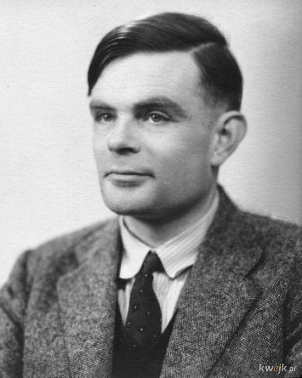 Dziś mamy 109. rocznicę urodzin Alana Turinga