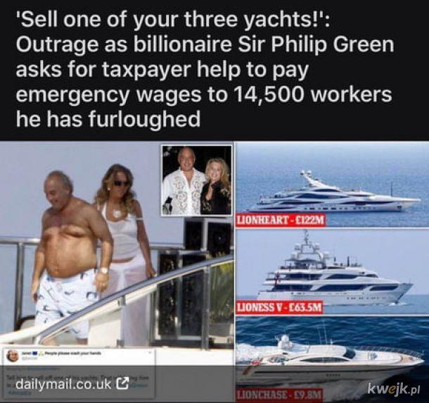 Sprzedaj jeden z jachtów bucu.