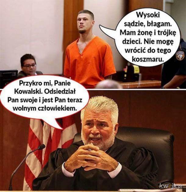 Bezwzględny Sąd
