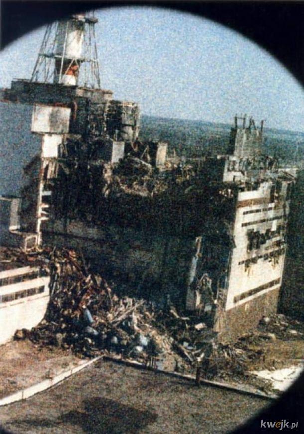 Pierwsze zdjęcie Bloku 4 zaraz po awarii. To mrowienie na zdjęciu to promieniowanie.