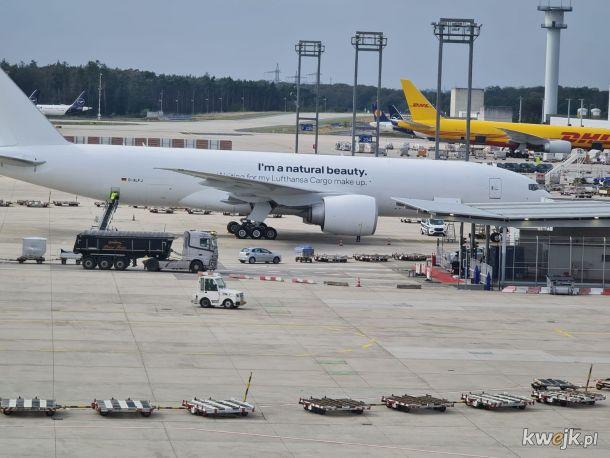 Samolot  przed malowaniem
