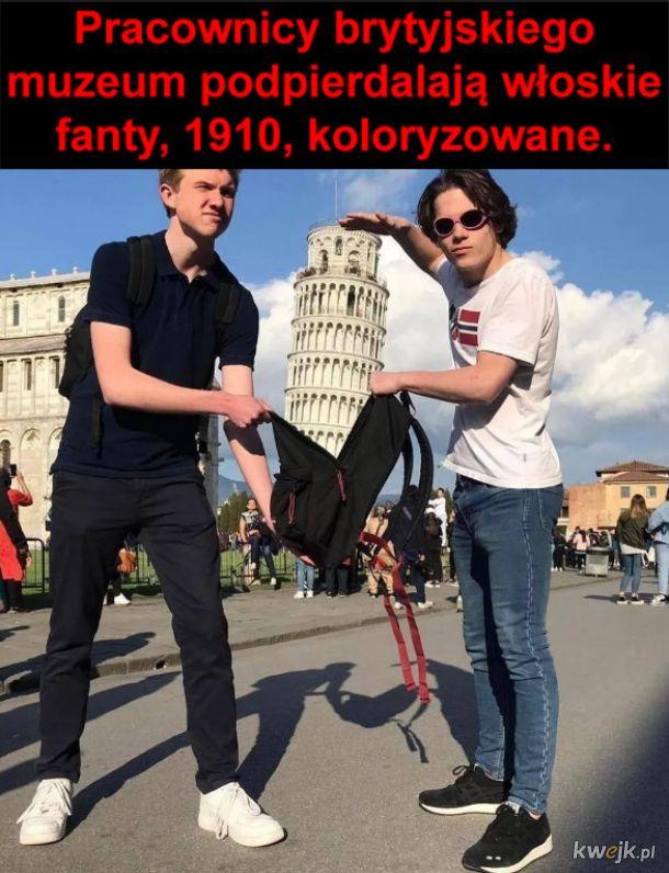 Włosi mieli szczęście, że plecak się nie dopiął...