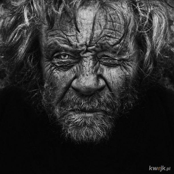 Portrety robione ołówkiem