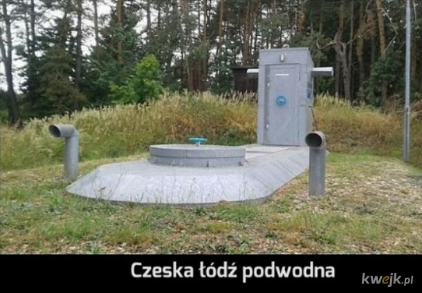 They are living in the Czech submarine ♬ Czech submarine ♪