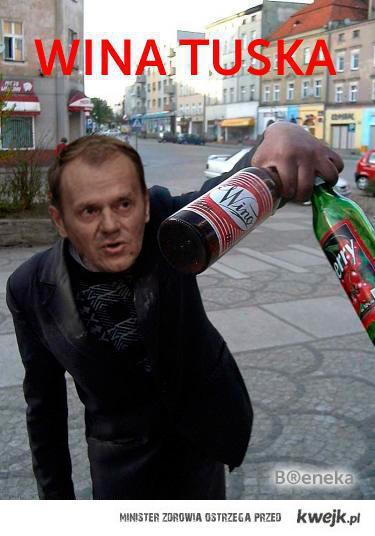 Przychodzi Jarosław do Biedronki, a tam wina Tuska