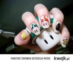 Mężczyzno ! Wiesz jak trudno jest pomalować kobiecie  paznokcie u lewej ręki ?! DOCEŃ TO CZASAMI.