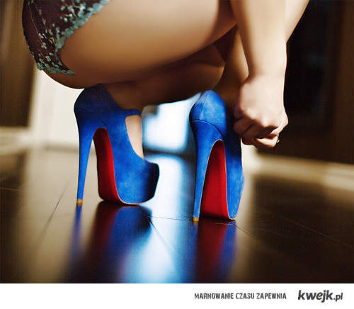blueshoes<3