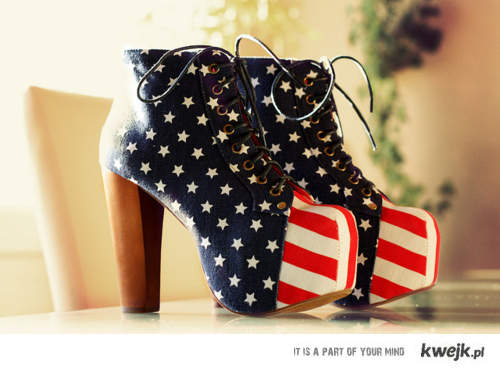 USA flag pattern shoes