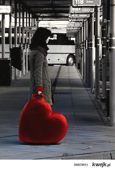 serce na walizkach