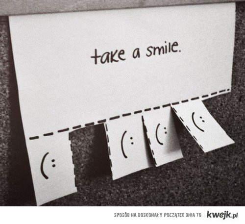 uśmiech : >