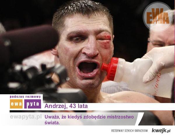 Andrzej, lat 43