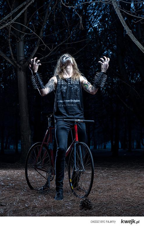 Black Metal loves bikes