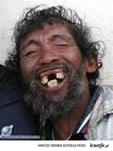 Uśmiechnij się jutro możesz nie mieć zębów