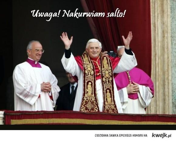 Papież nakurwia salto