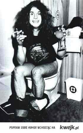 Ozzy Osbourne na posiedzeniu