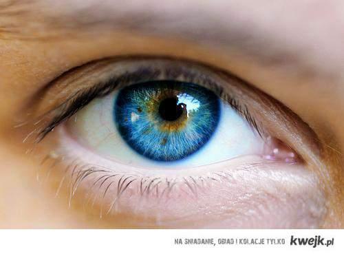 Kto kocha niebieskie oczy u dziewczyn niech wklei to na facebooka